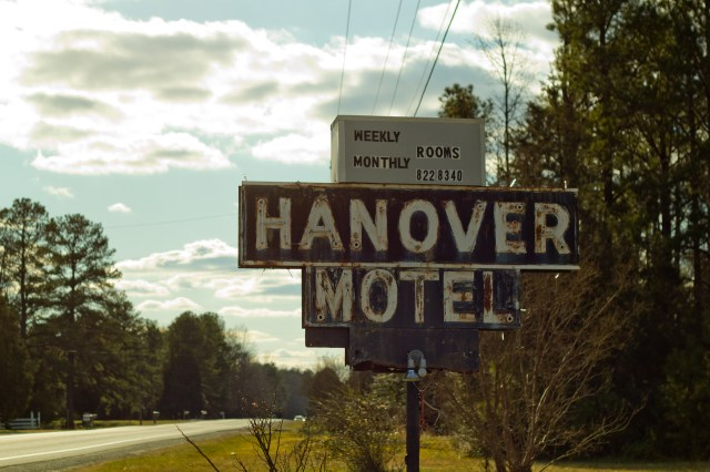 hanover motel sign