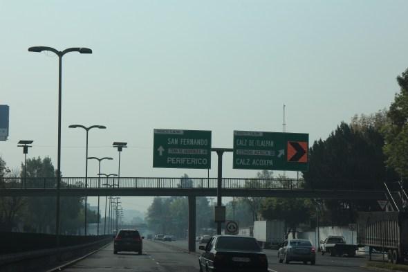 Saliendo de México por la calzada de Tlalpan