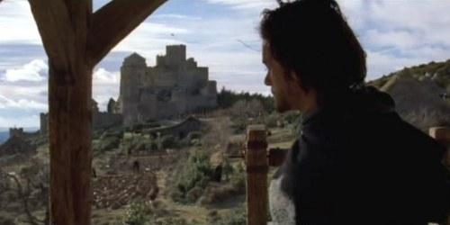 fotograma-de-el-reino-de-los-cielos-con-el-castillo-de-loarrre
