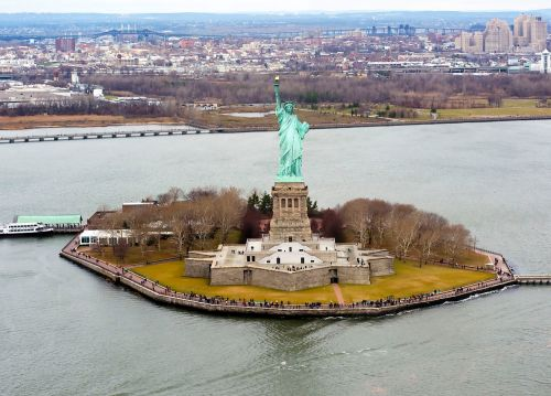 Liberty_Island_photo_D_Ramey_Logan