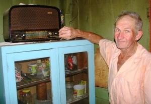 Rádio velho e o Sr. Damião