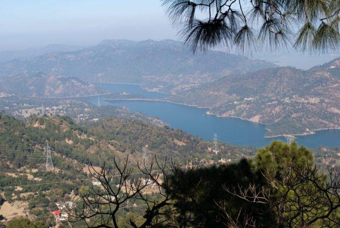 Views on the way to Chindi - Karsog