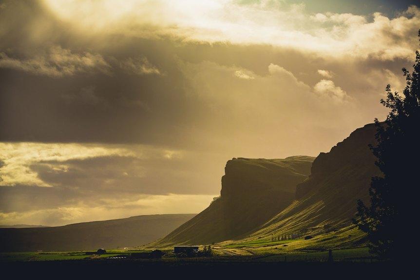 Iceland Sunlands