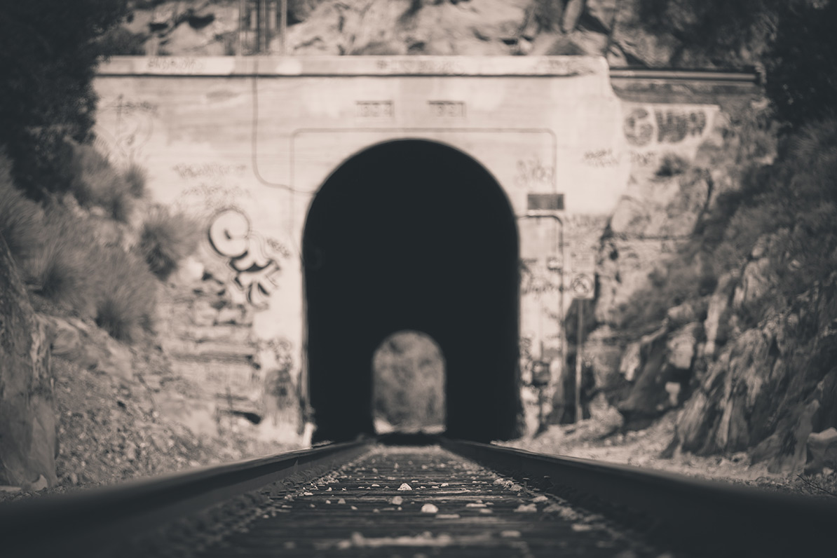 Train-Tunnel-4