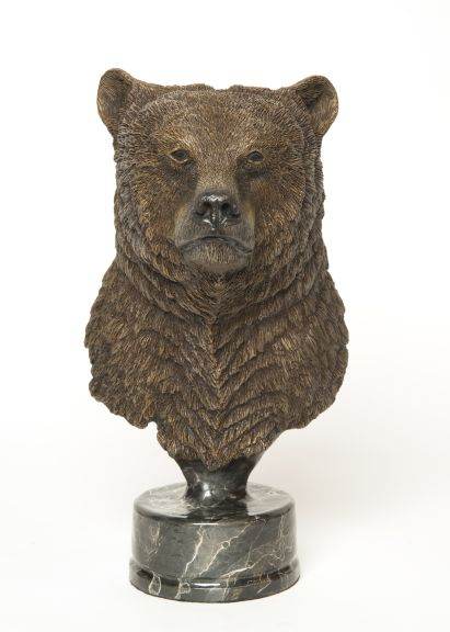 The bronze 'The Legend' depicting a bear's head and upper neck.