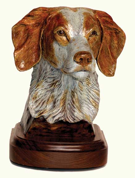 The bronze 'Brittany Spaniel' features the head of this fine canine.