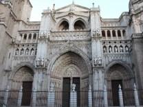 cathedralInToledo