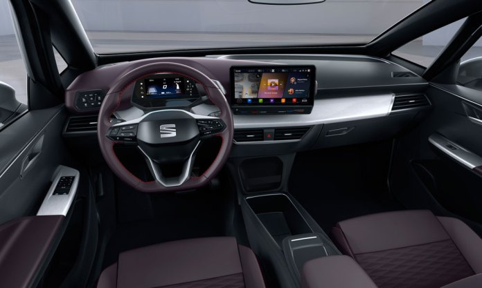 SEAT_el_Born_plugged_into_electric_mobility_09_HQ