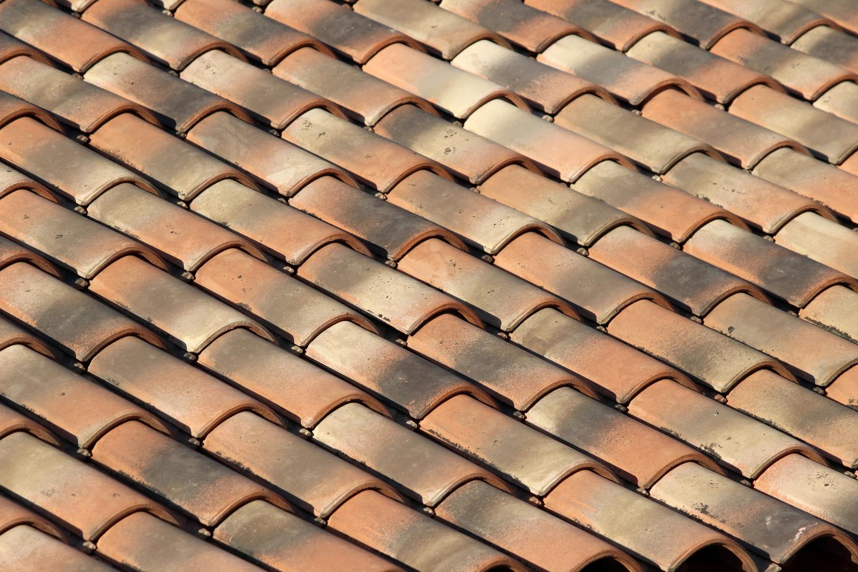 toiture en tuile prix moyen au m2 par un couvreur professionnel