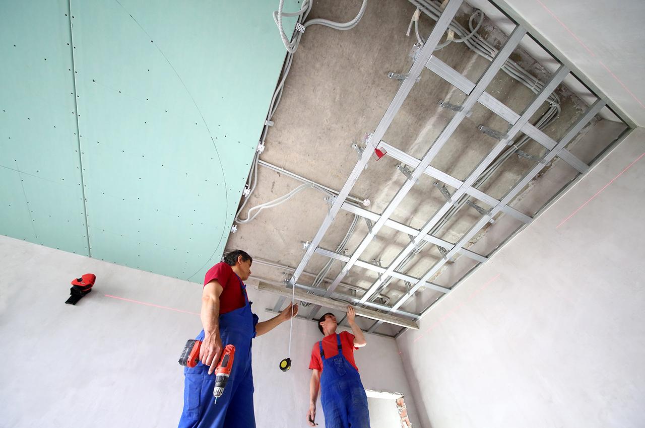 pose d un faux plafond en place platre