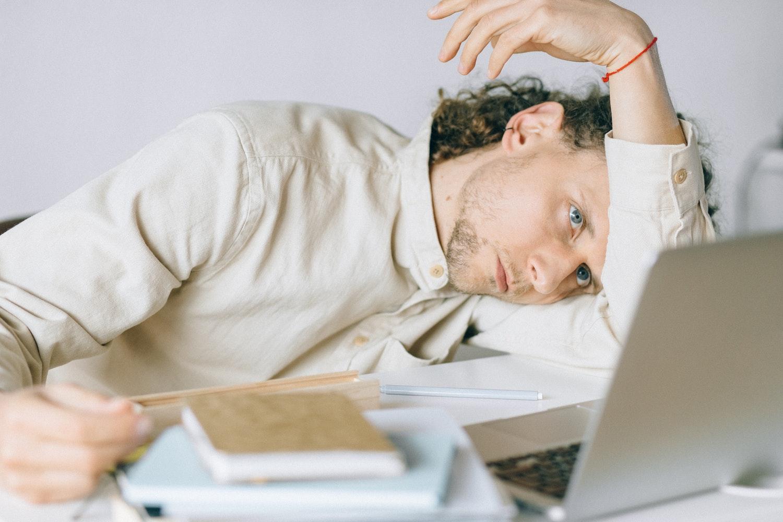 Bring On The Digital Detox? Avoiding Internet Burnout