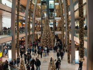 busy holiday shopping mall