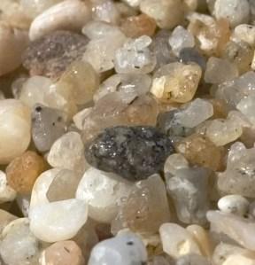 https://commons.wikimedia.org/wiki/File:Sand_Grains.jpg