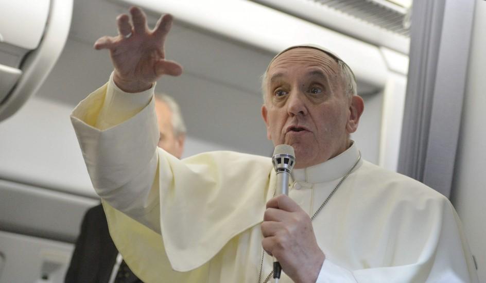 El Papa Francisco y la violencia de los católicos