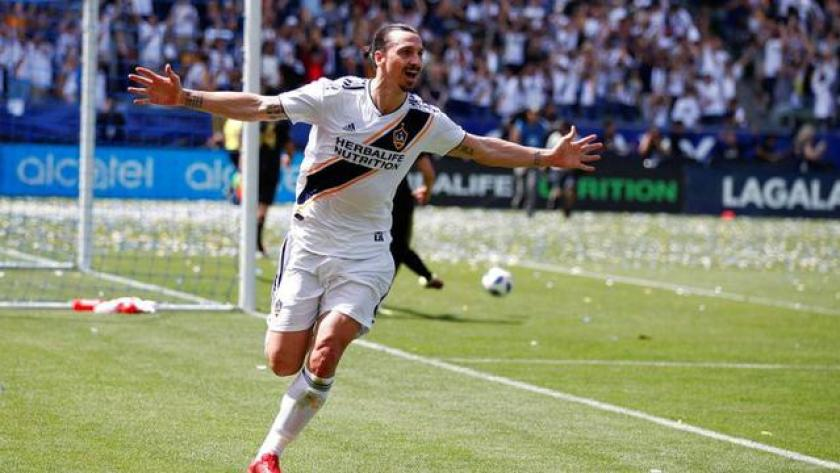AC Milan Memberi Lampu Hijau Ke Ibrahimovic