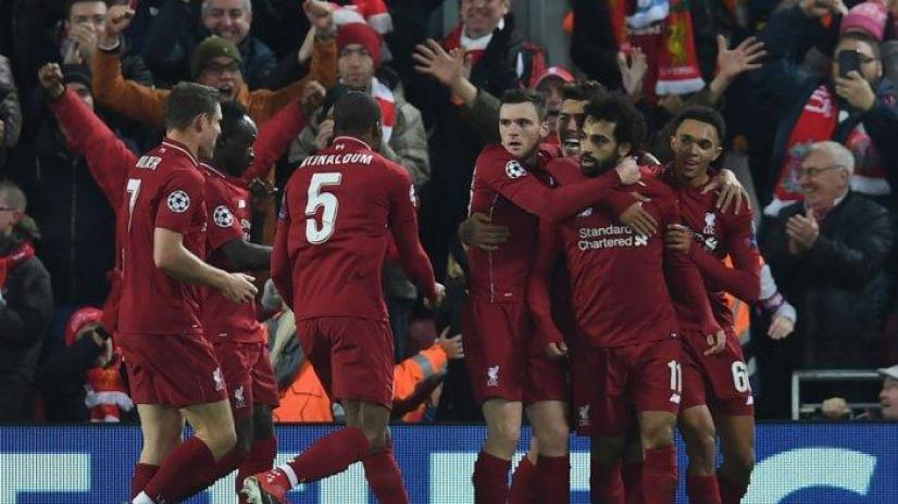 Mohamed Salah mencetak gol