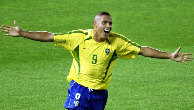 Ronaldo penyerang brazil