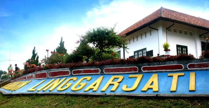 Gedung-Perundingan-Linggar-Jati