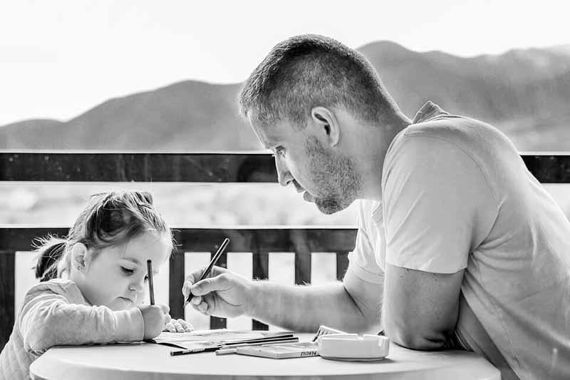 15 Cara Mendidik Anak Usia Dini Agar Menjadi Pribadi yang Baik