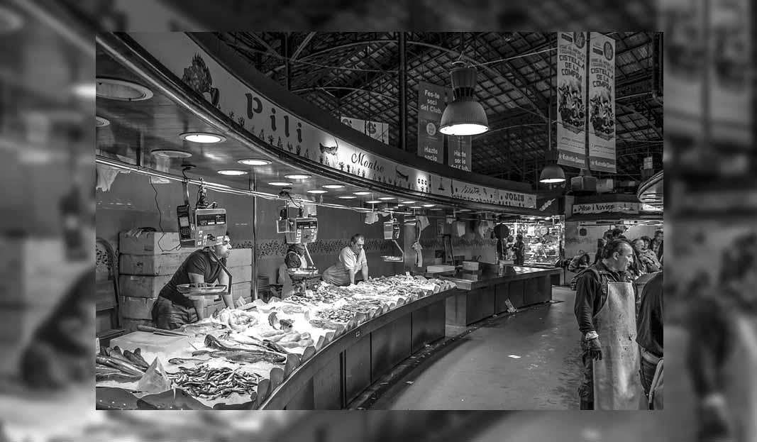 Jelaskan Dan Sebutkan Salah Satu Contoh Pasar Persaingan ...