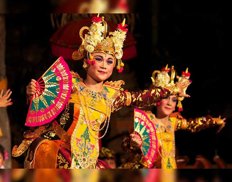 57 Tarian Daerah Tradisional Indonesia Berdasarkan Fungsi ...