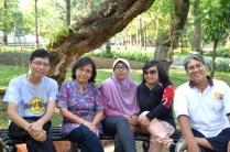 Foto dulu di Taman KB