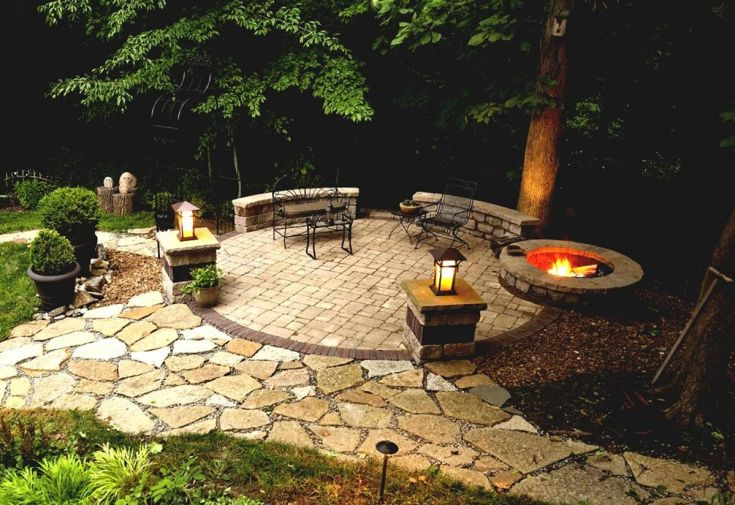 Backyard Fire Pit With Seating Ideas