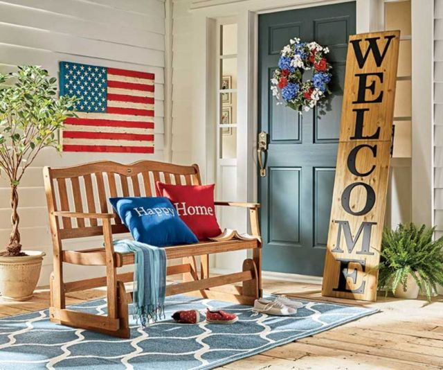 Lovely Front Porch Decor Bench
