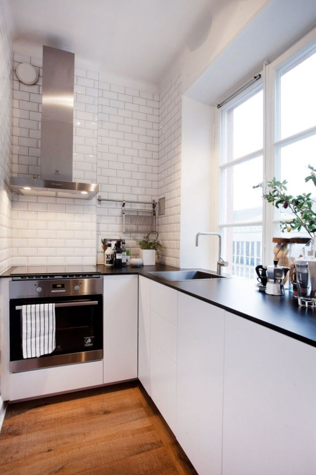 35 Outstanding Small Kitchen Studio Designs For Comfort Dexorate