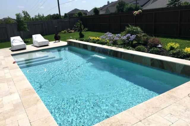 Cool small backyard pool ideas