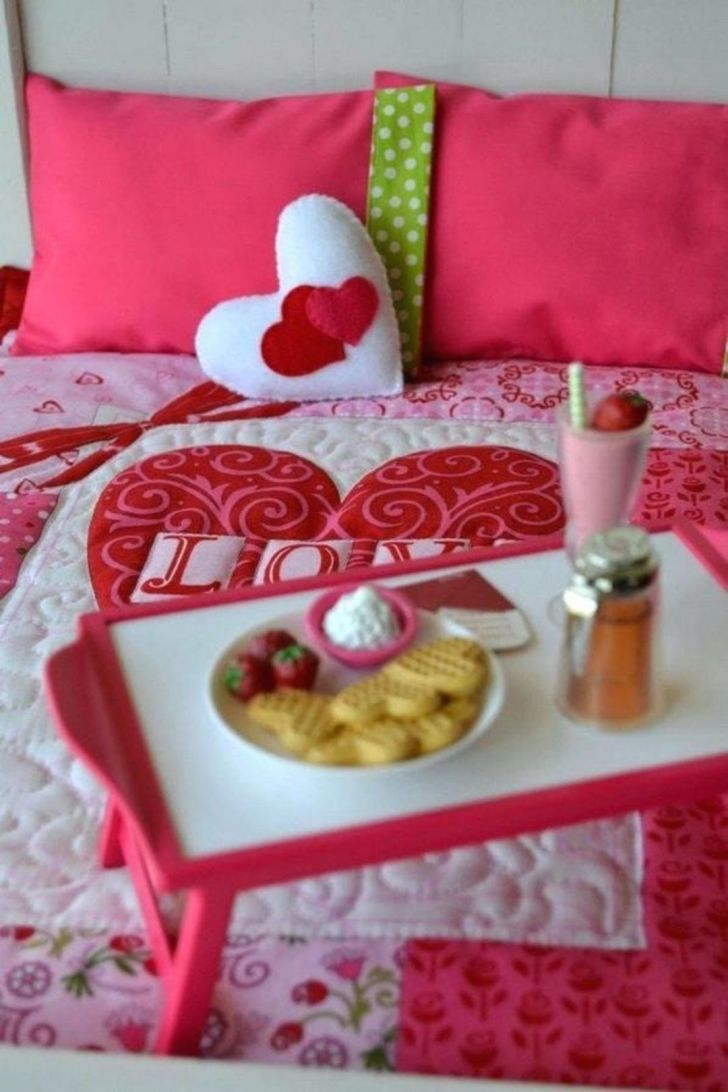 Besst Ideas of Valentine Decorations For Your Bedroom - Via myignite.com