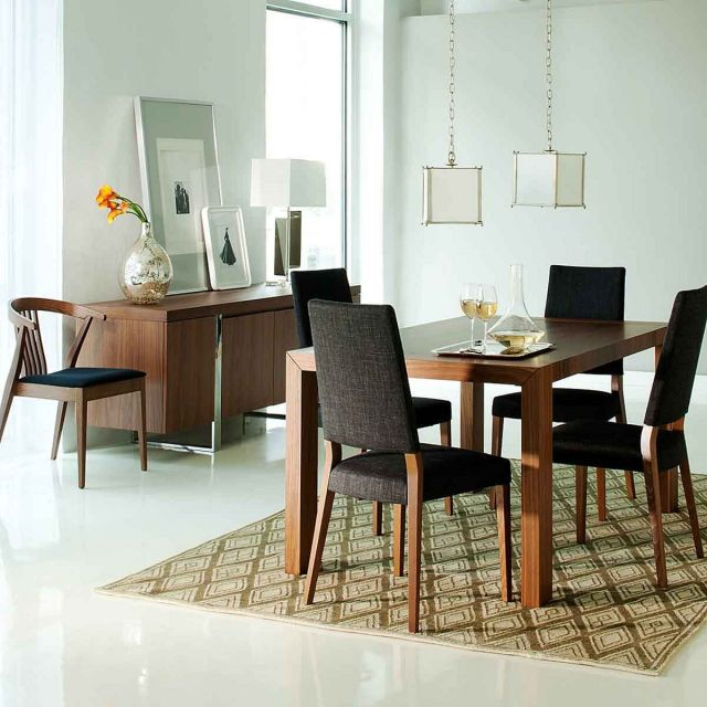 Casual Dining Room Design