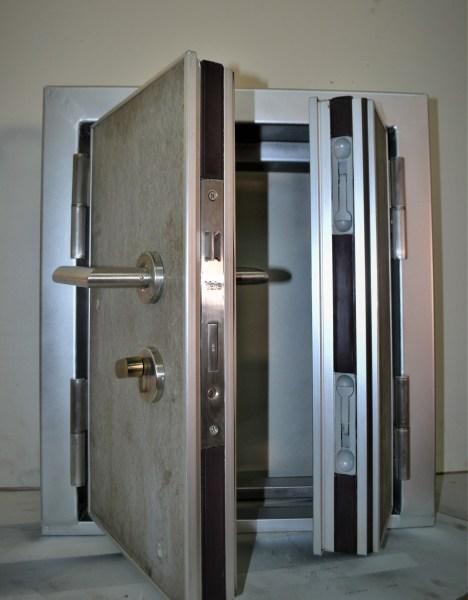 Acoustic door seal