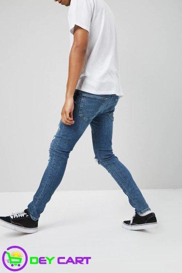 Forever21 Distressed Slim-Fit Jeans - Denim Washed
