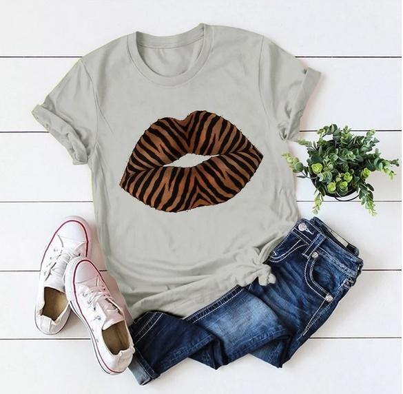 Tricouri femei pentru orice stil, la preturi accesibile