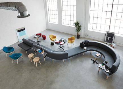 Press kit   809-21 - Press release   AZURE Reveals the Winners of the 2017 AZ Awards - AZURE - Competition - Hangout Collection designed by EOOS, Vienna, Austria<br>Manufacturer: Keilhauer, Toronto, Canada<br>Best Furniture System - 2017 AZ Awards - Photo credit: AZURE