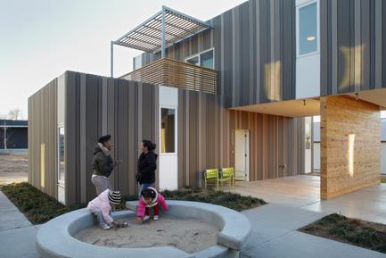 Press kit | 809-10 - Press release | Azure magazine announces the winners of it's 3rd annual AZ Awards - Azure Magazine - Competition - Architecture - Residential<br><br>Echo Ridge Duplexes<br>by El Dorado<br>