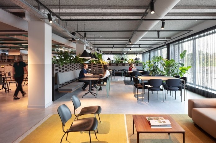 Press kit - Press release - Sustainable transformed office The Core wins two Frame Awards - Large Office of the Year - CBRE Netherlands