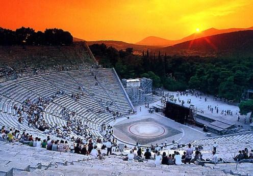 Originile teatrului grecesc
