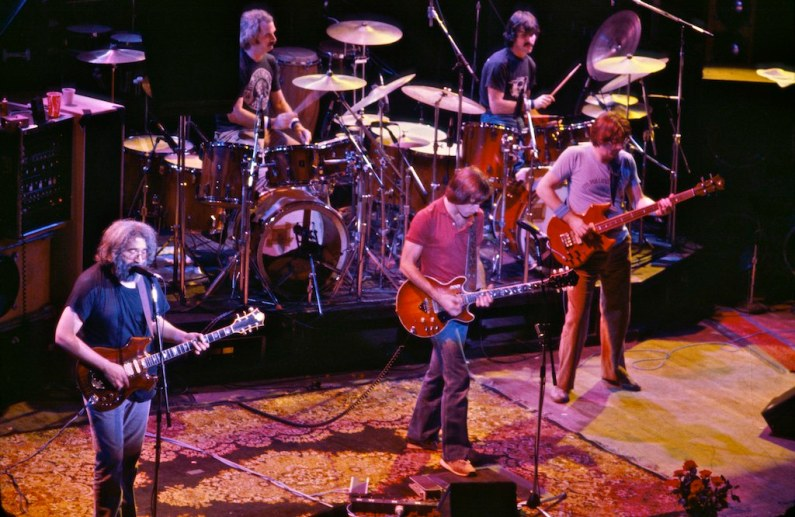 Grateful_Dead_at_the_Warfield-01