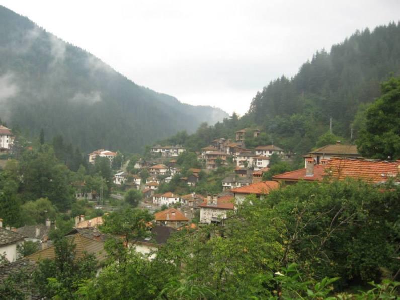 Satuc din Rodopi