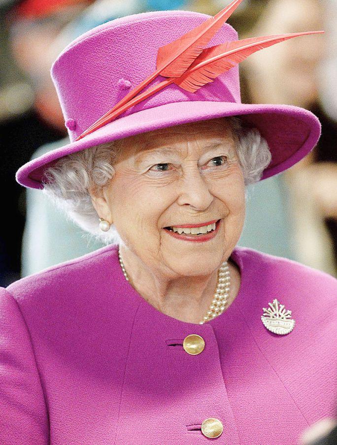 Regina Marii Britanii, Elizabeta a II-a, Autor Joel Rouse/ Ministry of Defence, sursa Wikipedia.