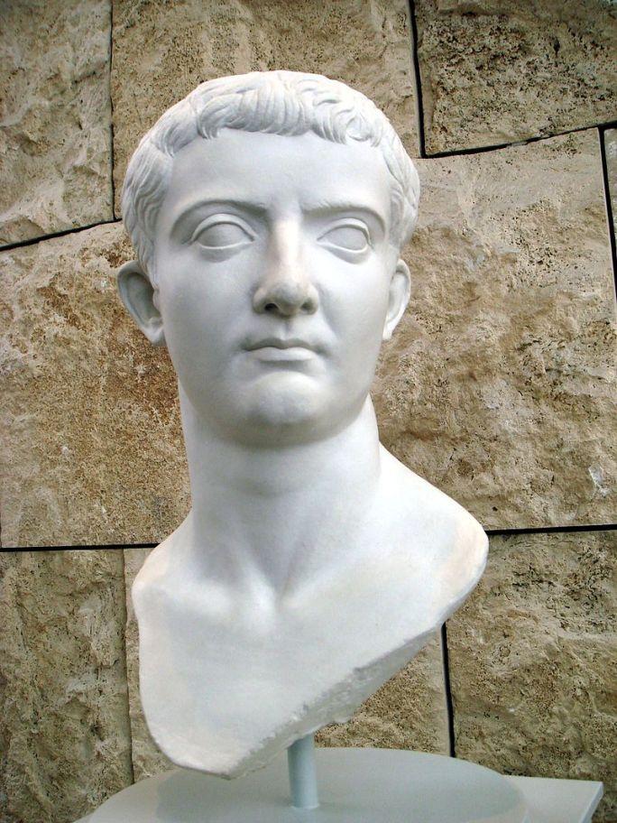 Autor foto Giovanni Dall'Orto. Bustul împăratului Tiberiu, Muzeul Ara Pacis, Roma, sursă Wikipedia.
