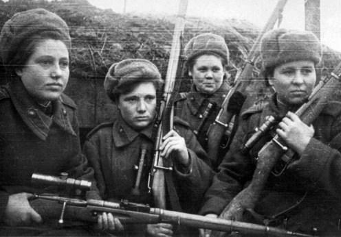 Luptătoarele din Armata Roşie