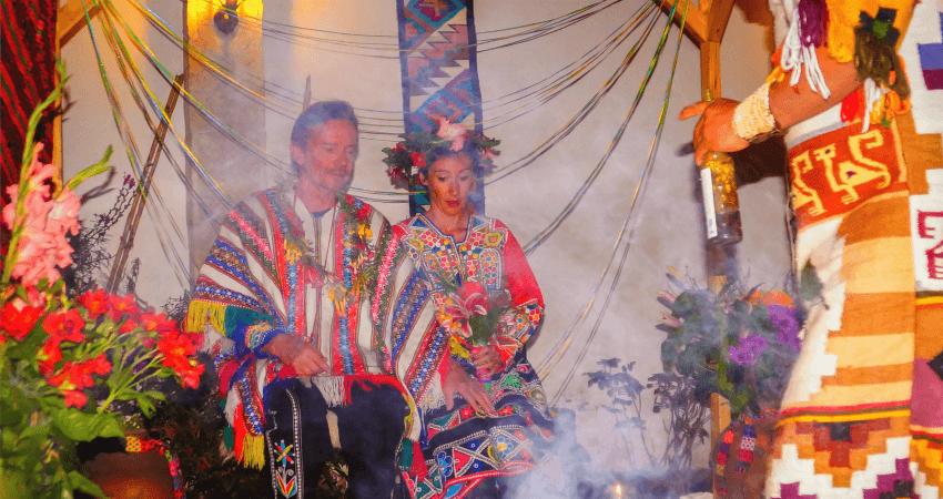 Steffi und Simon während ihrer Zeremonie in Cuzco.