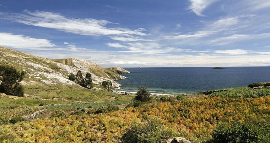 Die Isla del Sol auf dem tTticacasee gilt als eine der schönsten Sehenswürdigkeiten in Bolivien.