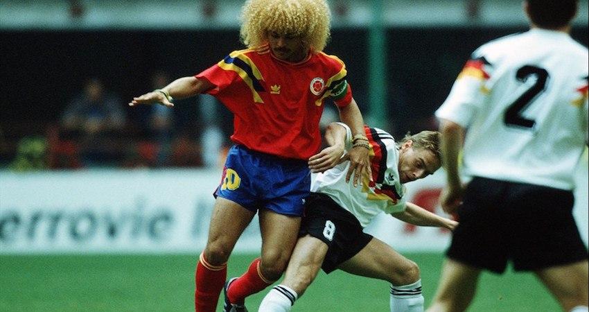 Valderrama bei seinem Weltmeisterschaftsdebüt 1990. Er war von 1985-1998 Mitglied der kolumbianischen Nationalmannschaft. Bildquelle: Wikipedia
