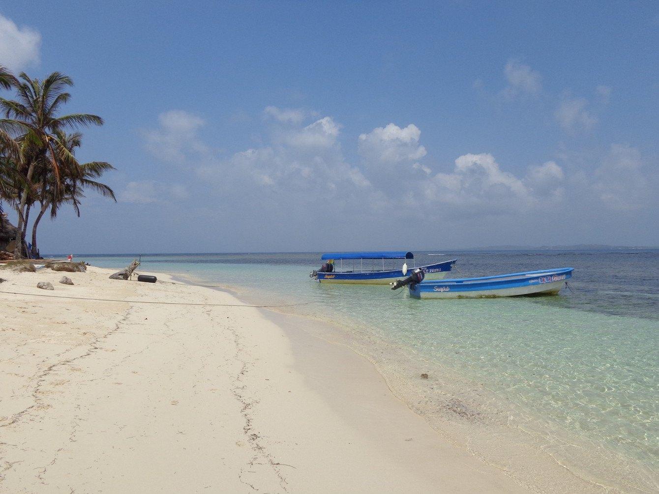 Eine besondere Art der Grenzüberquerung: Im Boot von Kolumbien nach Panama über die traumhaften San Blas Inseln.