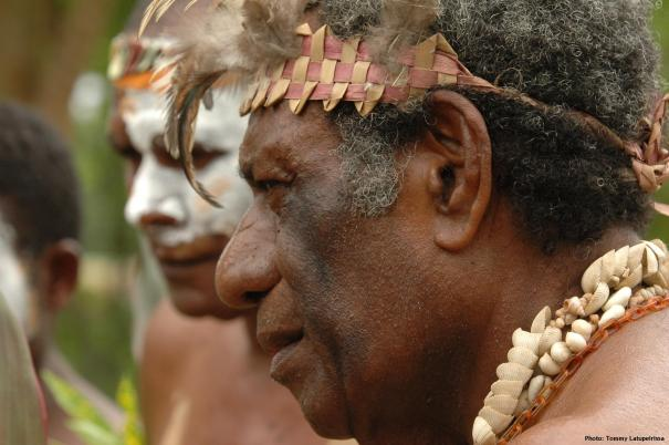 Maraki Vanuariki Council of Chiefs preparing to meet delegation from West Papua