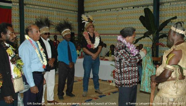 Gift Exchange, Jacob Rumbiak and Maraki Vanuariki Council of Chiefs, Port Vila 29 Nov 2007